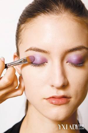 【图】推荐眼影画法图片 打造立体大眼妆
