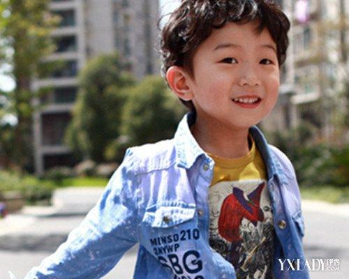 【图】适合小学生男生的刘海发型 时尚帅气点亮九月开学季图片