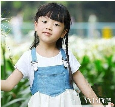 小女孩梳头发型步骤 五部曲教你如何绑出可爱的公主头形象