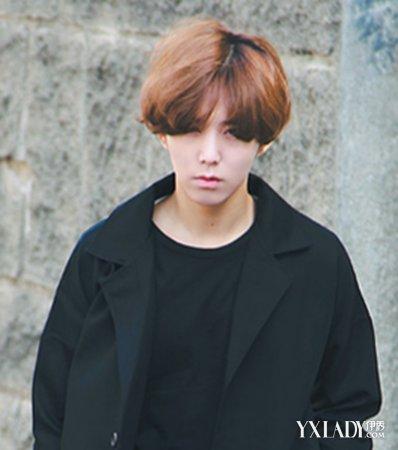 发型 流行发型 正文  可爱系的韩国男孩子,圆脸型不要怕,用中分刘海来图片