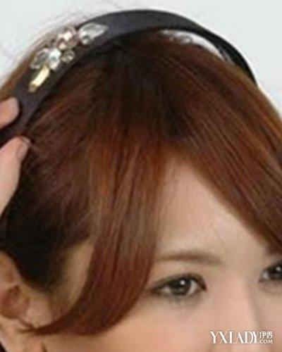 最简单长发盘发发型步骤图解 教你三个步骤简单盘发图片