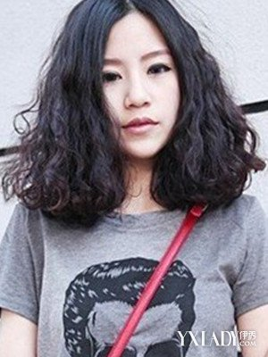 自来卷女生适合发型图片欣赏 四款发型尽显天然美丽图片