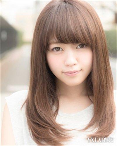 【图】女大学生中长发发型 4款简约发型打造更美的你 (400x500)图片