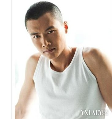 男生短寸锅盖头发型图片欣赏 四款发型诠释型男魅力图片