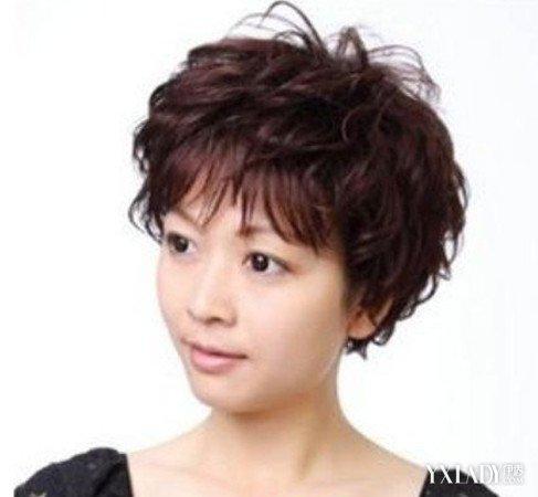 【图】六十岁妇女短发发型图片