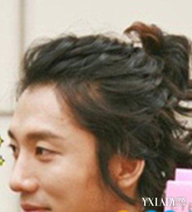 男生方便面头发型图片