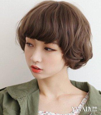 【图】2018流行可爱卷发中短发发型 修颜减龄百搭图片