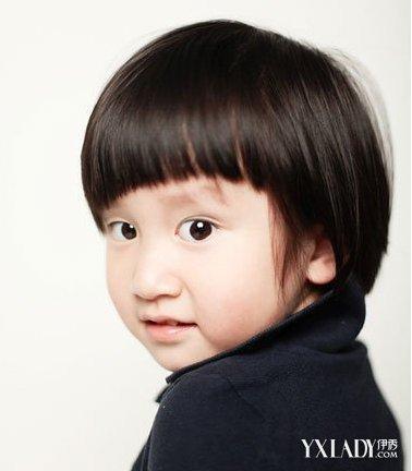 齐刘海短发小女孩图片大全 四款发型打造可爱萌娃