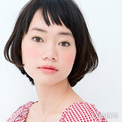 【图】齐耳短直发空气刘海发型 打造完美时尚感图片