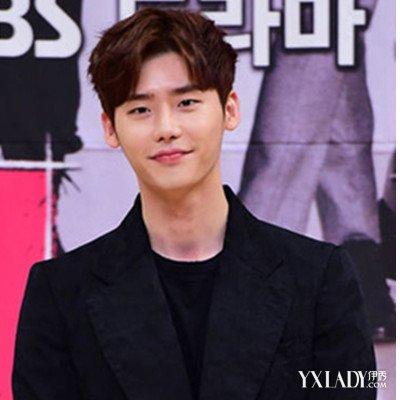 【图】韩国男生中分发型 帅气诠释潮男风尚图片