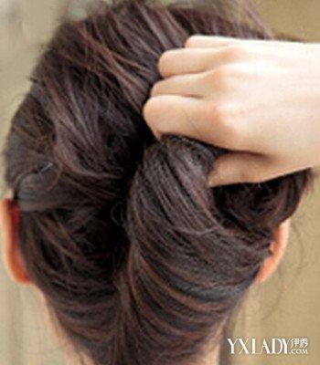 【图】夏天女生盘头发发型步骤 5步打造清凉盘发