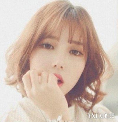 唯美朦胧感的韩式短发发型,齐肩的头发长发修剪,很好看时尚感哦