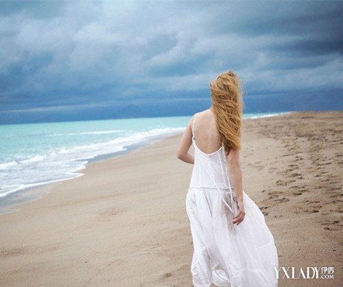 【图】背影头像女生长头发海边图片 时尚长发打造你的图片