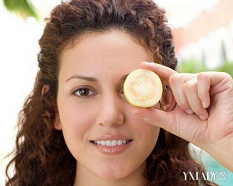 【图】苹果跟土豆去黑眼圈哪个好一点? 3个步
