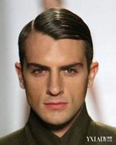 三七分背头发型1:三七分偏分发型勘称绝佳修颜利器,男生梳个斜
