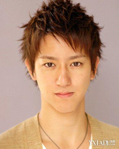 【图】前额头发稀少的男生适合的发型 蓬松刘海显阳光图片