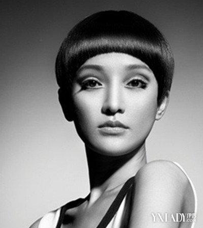 发型 流行发型 正文  60年代的西方女性对于时尚与美的渴望被骤然释放图片