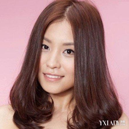 披肩卷发发型图片欣赏 3招教你如何打理卷发