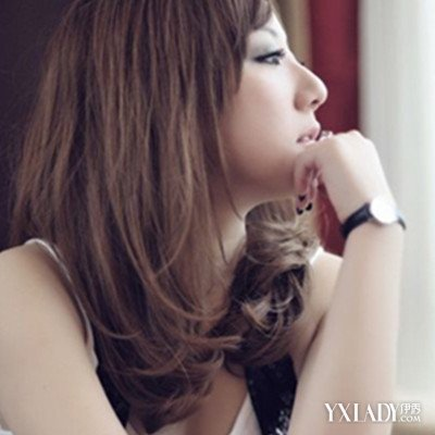 【图】2015韩系中长发直发发型 胖脸蜕变瓜子脸图片
