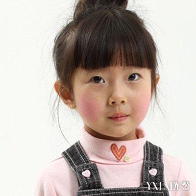 发型 流行发型 正文  不知道妹子们看到这款小女孩的发型,是什么感觉