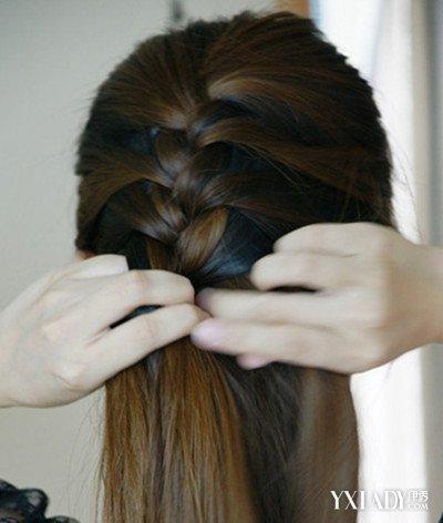 披发编发发型步骤图解 轻易学会四股辫怎么编