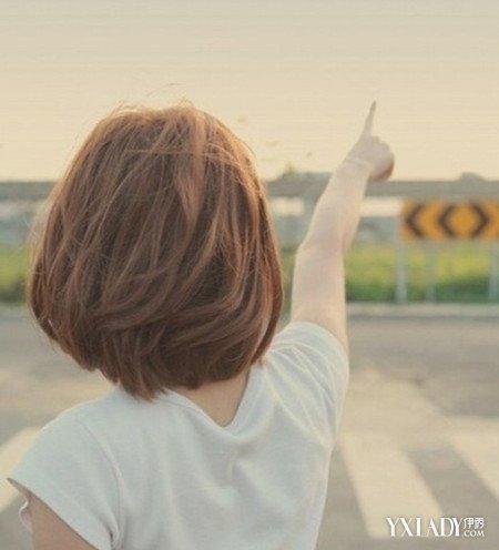 女生短发背影图片 清纯甜美让你魅力无限