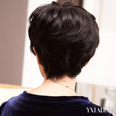 【图】盘点中老年短发烫发发型后面图片 短发更显年轻图片