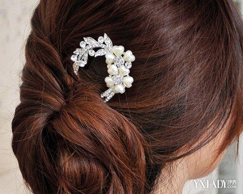 怎么用簪子盘头发的 爱美的长发美眉快学起来!