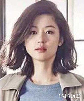中短发烫发懒卷发型女图片 修颜塑造完美小v脸
