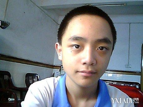 脸大的男生适合什么发型呢 9种方法让你变帅气图片