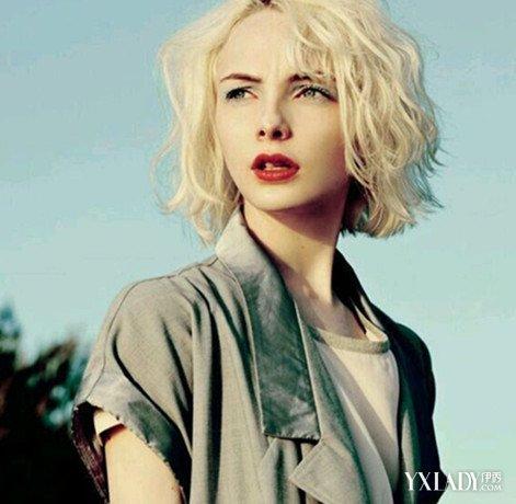 女生短发烫发发型梨花卷图片 轻松变身甜美公主图片