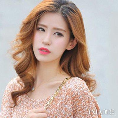 中长发女生头发颜色 绚丽色彩吸引眼球图片