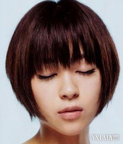 女生短直碎发发型图片 清爽短发助你显露别致的脸