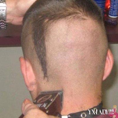 美女剃光头剪长发图片展示 教师上课上演剪发真人秀