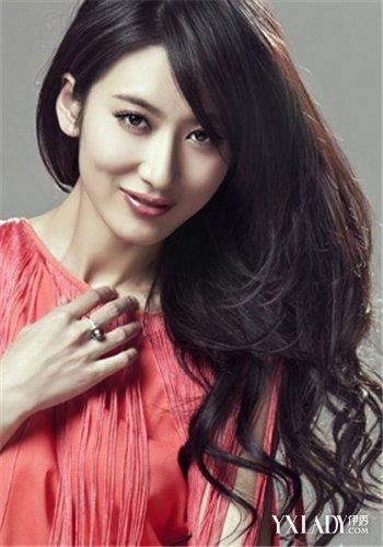 【图】时尚韩式三七分烫发发型