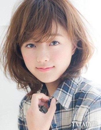 【图】最新发型图片女中短发烫发图片欣赏 4款发型更显甜美 (350x450)图片