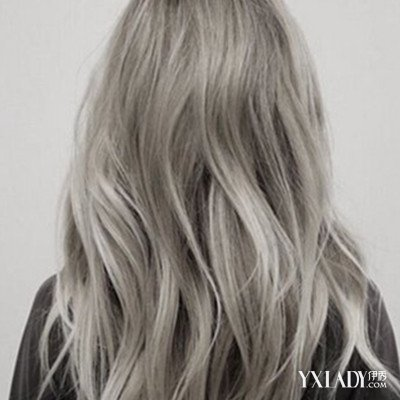 女人卷发型背影图片图片