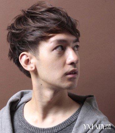 男生齐刘海发型图片及名称 4款发型推荐让你清新又稳重图片