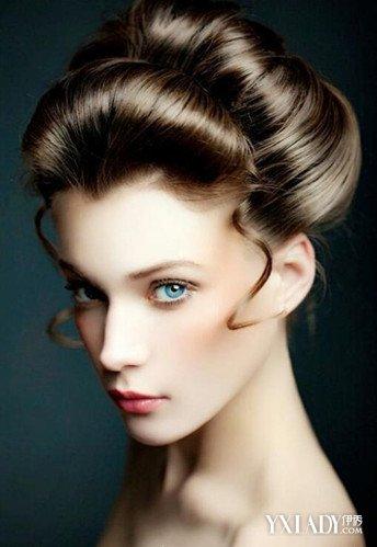 纸上画晚宴妆发型分享展示图片