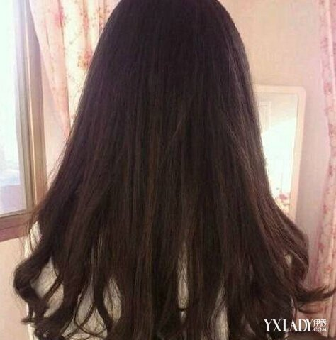 【图】长发发尾微卷背影图 唯美背影让你变女神