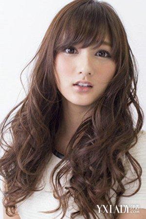 深咖啡色头发图片女发型 五款发型推荐!图片