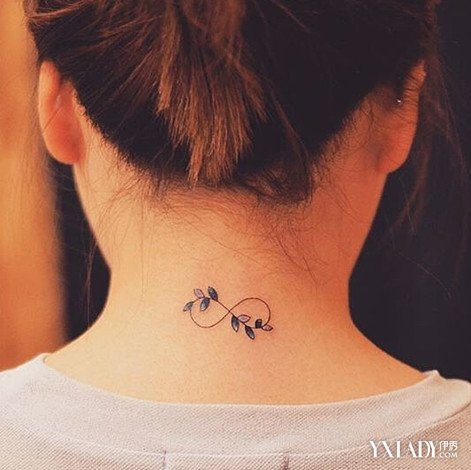 【图】树叶纹身图案火爆ins 看看潮人们都把它纹在哪