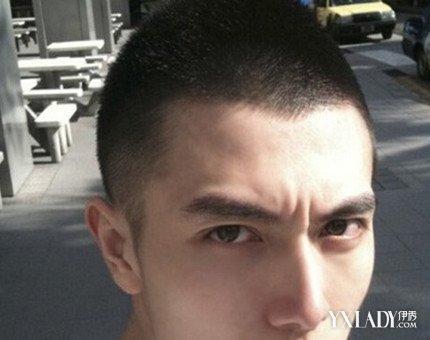 欣赏碎平头发型图片 凸显男生帅气五官的必备发型图片
