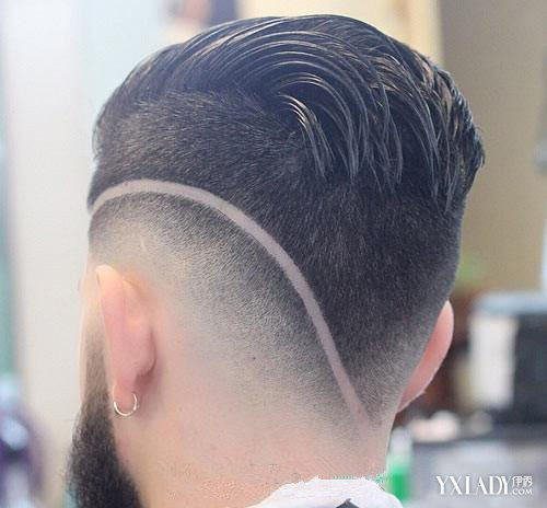 发型 diy发型 正文  头发刻字流行图案  线条型:看似简单的线条纵横图片