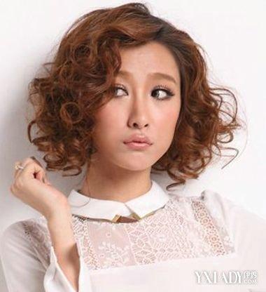 女生短发烫小卷发型图片_发型设计图片