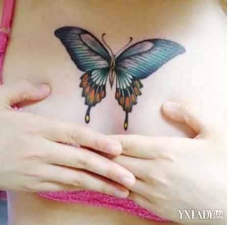 然后还有一双像极了天使的翅膀,还有一段很为柔顺,飘逸的绸缎.