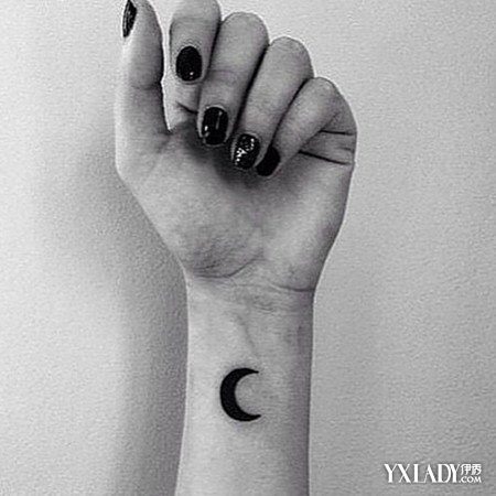 手腕纹身什么好看分享展示图片