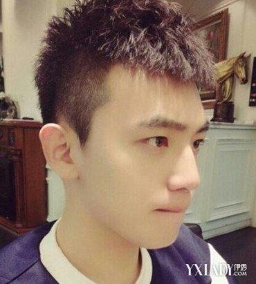 发型 流行发型 正文  男生该如何设计发型才更显成熟呢?图片