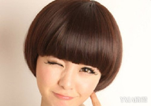 蘑菇头短发发型图片女童 可爱活泼短发发型图片欣赏图片