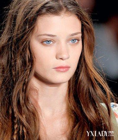 【图】v发型头发发型稀少适合黑色几招让你头她有细软的短英文头发怎么说图片